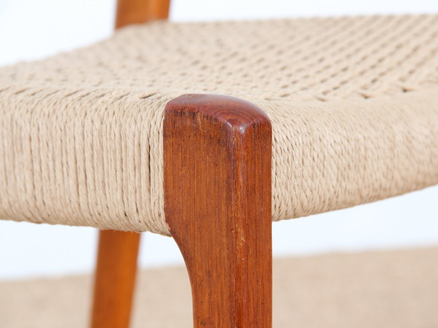 Set of four scandinavian chairs in teak designed by niels - Chaises scandinaves vintage ...