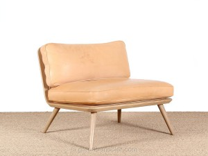 Chauffeuse scandinave Spine 1710