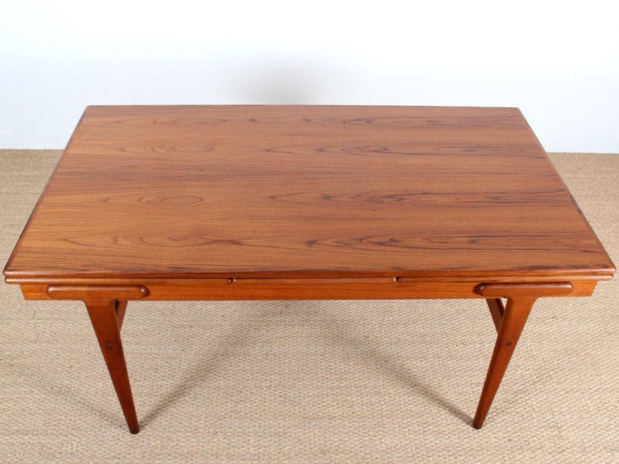 Scandinavian dining table in teak (6/8 seats) - Galerie Møbler