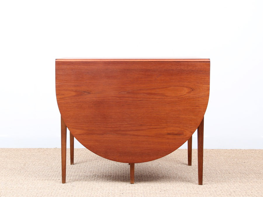 Table scandinave rabats en teck et ch ne 2 6 personnes for Table scandinave en teck
