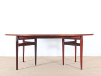 Scandinavian dining table in Rio rosewood by Arne Vodder