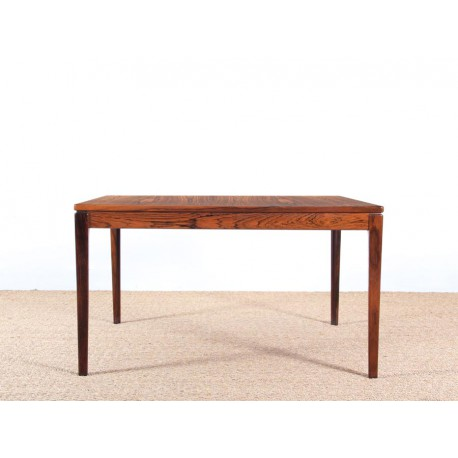 Table basse scandinave carr e en palissandre de rio for Table basse scandinave carree