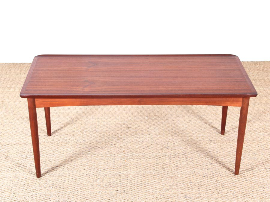 Table basse scandinave teck for Petite table basse scandinave