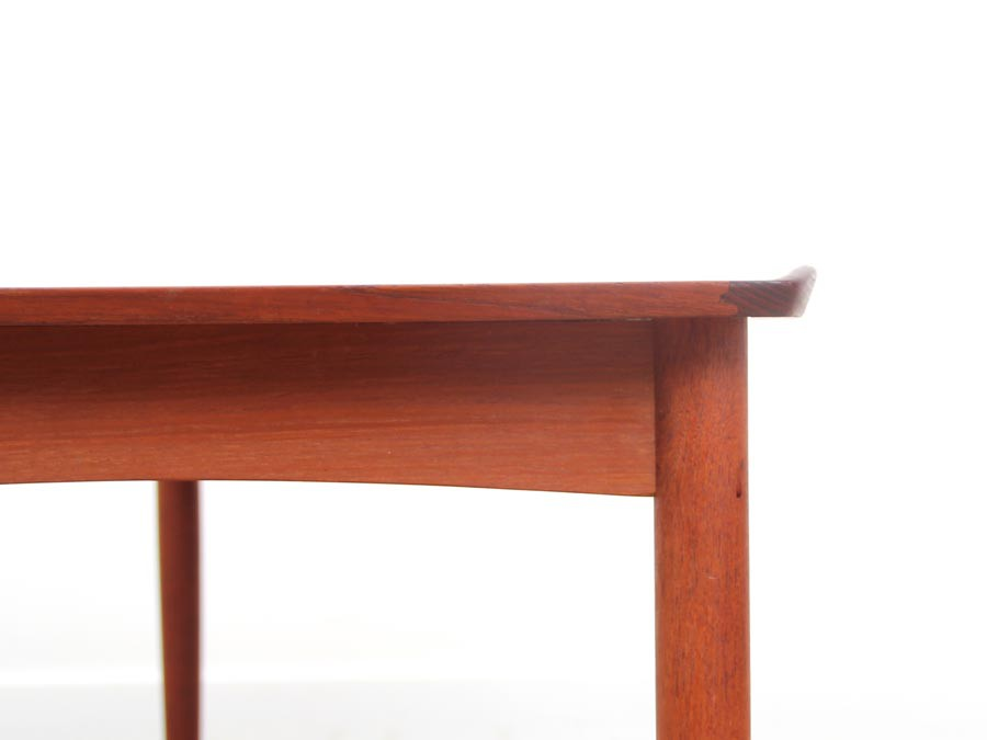 Petite table basse scandinave en teck galerie m bler for Table scandinave en teck