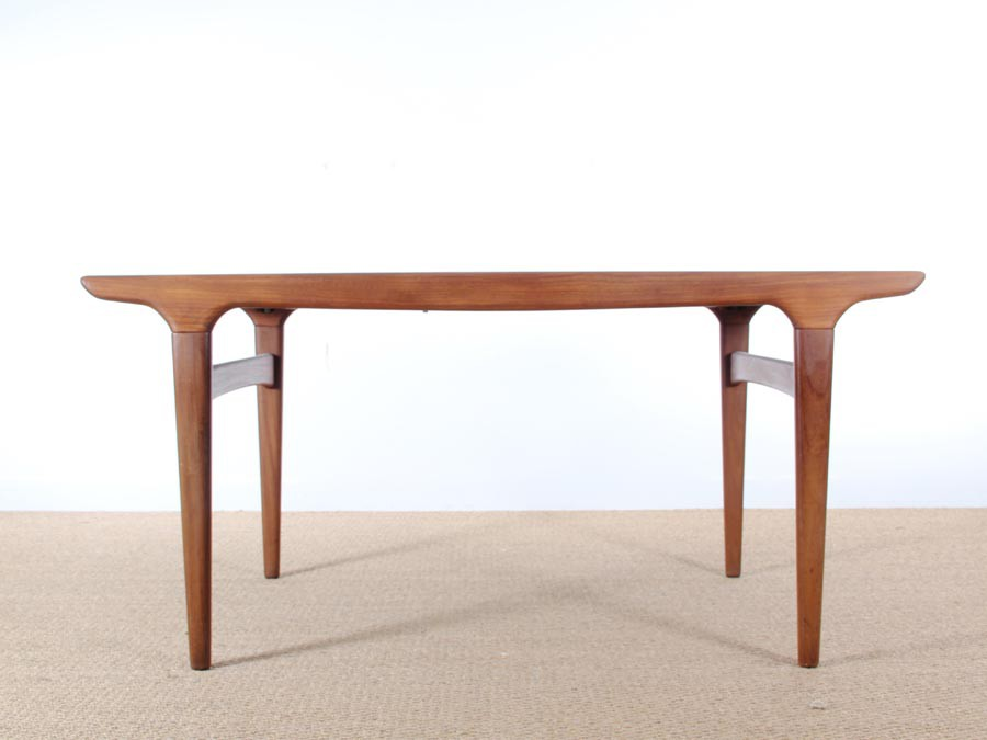 Table de repas scandinave 4 8 pers en teck galerie m bler for Table repas scandinave