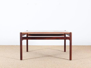 Mid-Century Modern scandinavian coffee table in Rio rosewood by Ole Wanscher