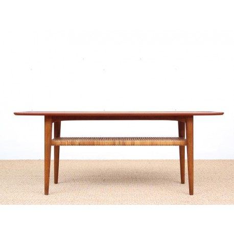 Table basse scandinave en teck ch ne et cannage galerie for Table basse chene scandinave
