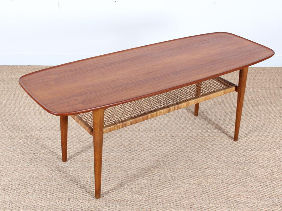 Mid century modern scandinavian coffee table in teak and oak galerie m bler Modern teak coffee table