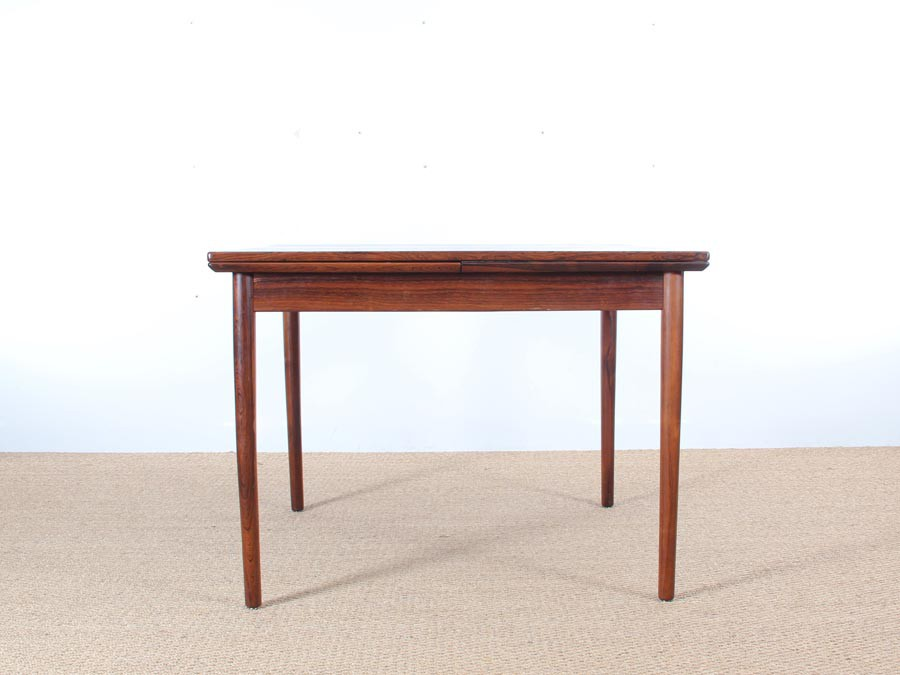 Table de repas scandinave carr e en palissandre de rio 4 for Table repas scandinave