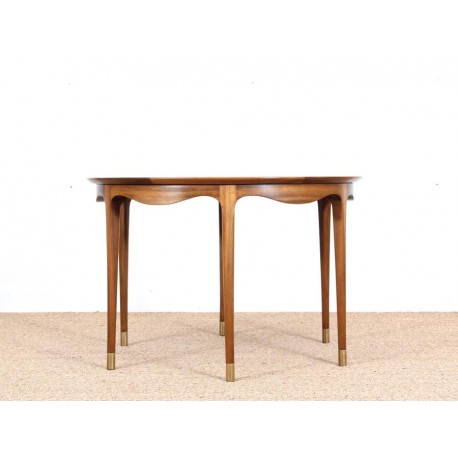 Table basse scandinave en noyer galerie m bler for Table basse scandinave noyer
