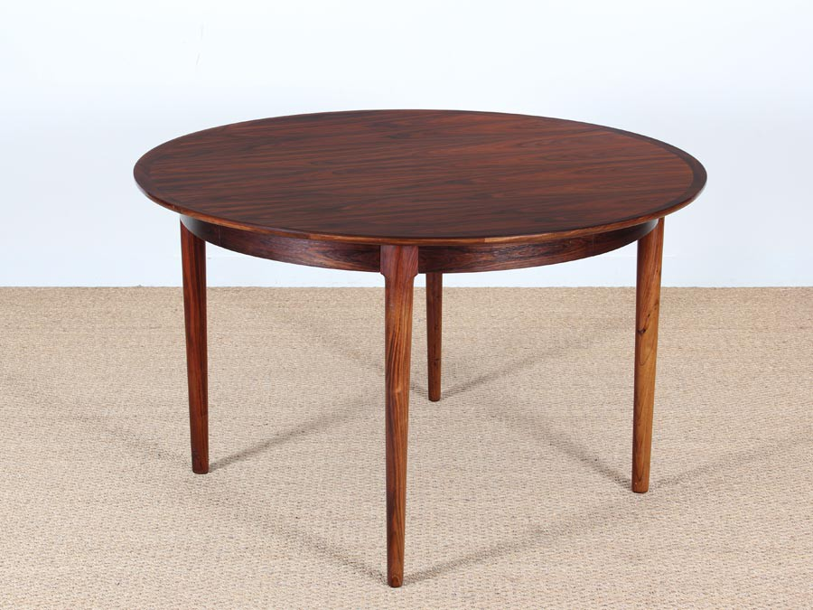Mid Century Modern danish extendable round dining table in  : mid century modern danish extendable round dining table in rio rosewood  from www.galerie-mobler.com size 900 x 675 jpeg 116kB