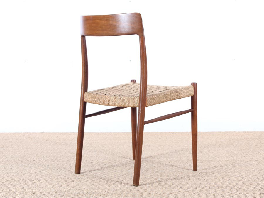 Mid Century Modern Danish Set Of 4 Chairs In Teak And Cord Galerie M Bler