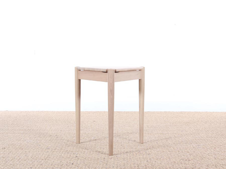 Table d 39 appoint ou tabouret scandinave tripode nouvelle for Table tripode scandinave