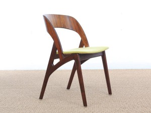 Mid-Century Modern Danish set of 4 dining chairs in Rio rosewood