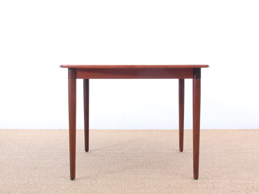 Table scandinave carr e en teck rallonges 4 10 pers for Table scandinave en teck