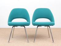 Mid-Century  modern scandinavian pair of executive chairs by Eero Saarinen for Knoll