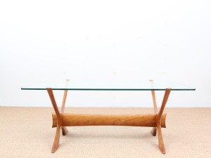 Mid-Century  modern scandinavian coffee table in glass by Illum Wikkelsø
