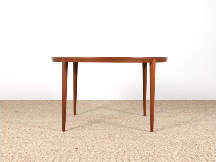 scandinavian round coffee table in teak galerie m bler