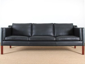 Danish 3,5 seater leather sofa, designed by Børge Mogensen (10 colors)