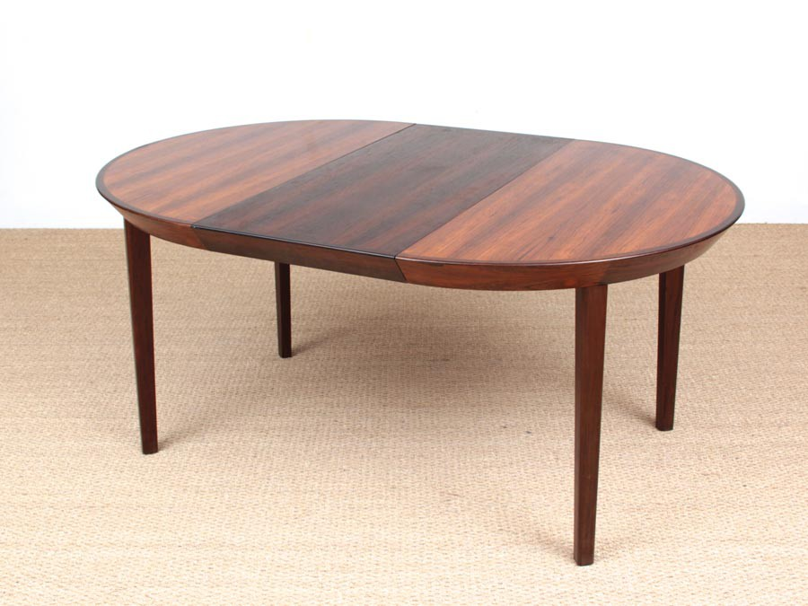 ... Mid Century Modern Scandinavian Round Dining Table In Rio Rosewood 6/10  Seats ...