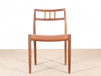 Set of 4 scandinavian teak chairs. Model 78.