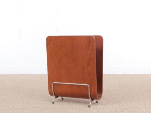 Mid-Century  modern scandinavian magazine rack in pywood. Teak stained