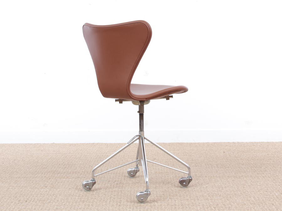 Miraculous Mid Century Modern Scandinavian Leather Desk Chair Model Pabps2019 Chair Design Images Pabps2019Com