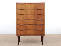 Mid-Century  modern scandinavian chest of drawer in Rio rosewood