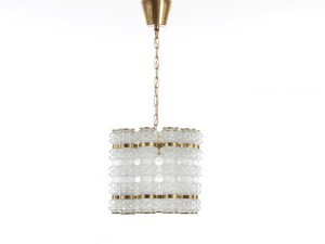 Luminaire scandinave galerie m bler for Lustre ou suspension