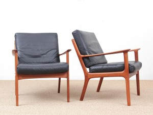 Danish mid-century modern pair of  armchairs by Ole Wanscher for Paul Jepesen in teak and leather.