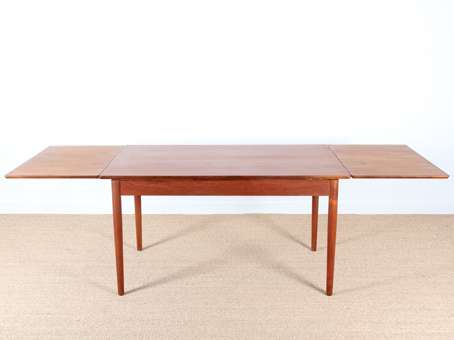 Table de repas scandinave en teck 4 8 personnes galerie for Table repas scandinave