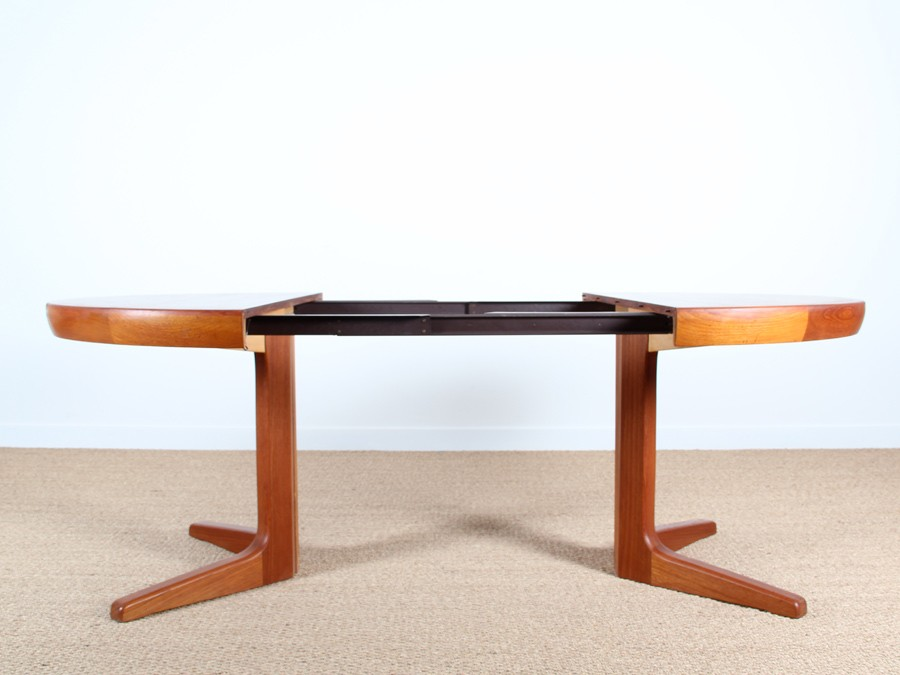 Table scandinave en teck pieds central 4 8 pers - Table manger scandinave ...