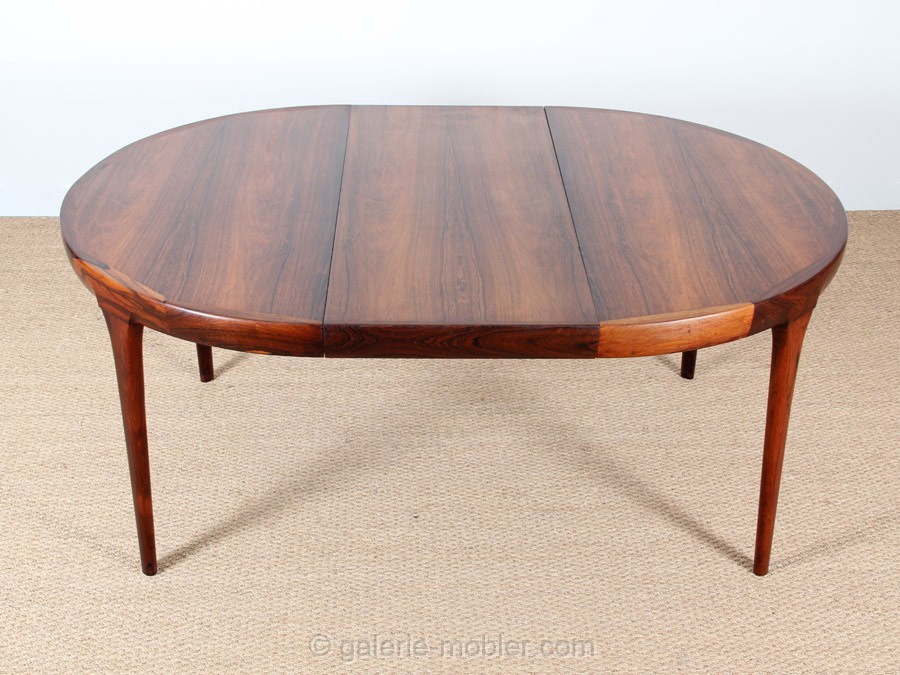 Circle dining table in rosewood 4 10 seats galerie m bler - Table ronde bois extensible ...