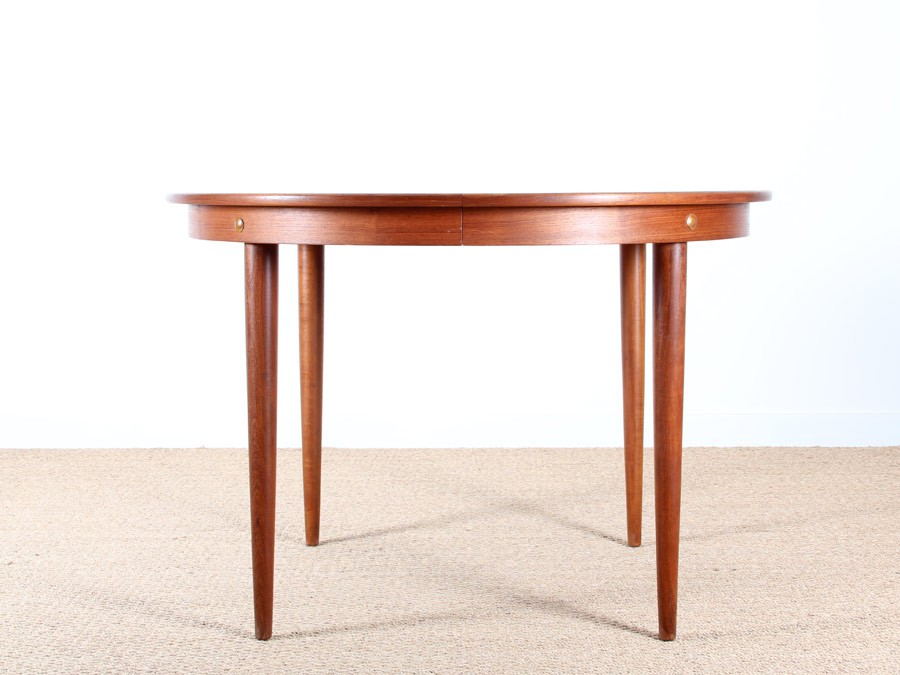 Table ronde scandinave rallonges en teck 4 10 pers - Table ronde teck ...