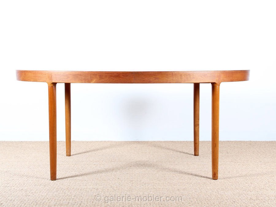 Grande table scandinave ovale en teck 6 12 pers galerie for Grande table ovale
