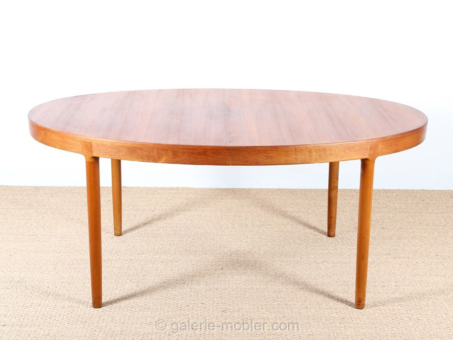 Grande table scandinave ovale en teck 6 12 pers galerie - Table ovale en teck ...