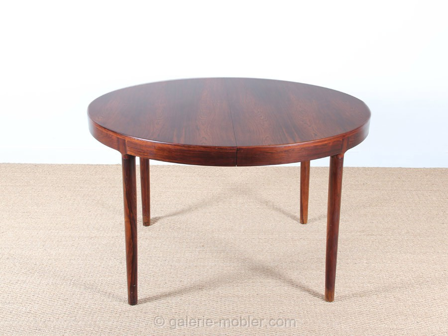 Scandinavian round dining table in rosewood 6 10 seats for Table ronde 6 places