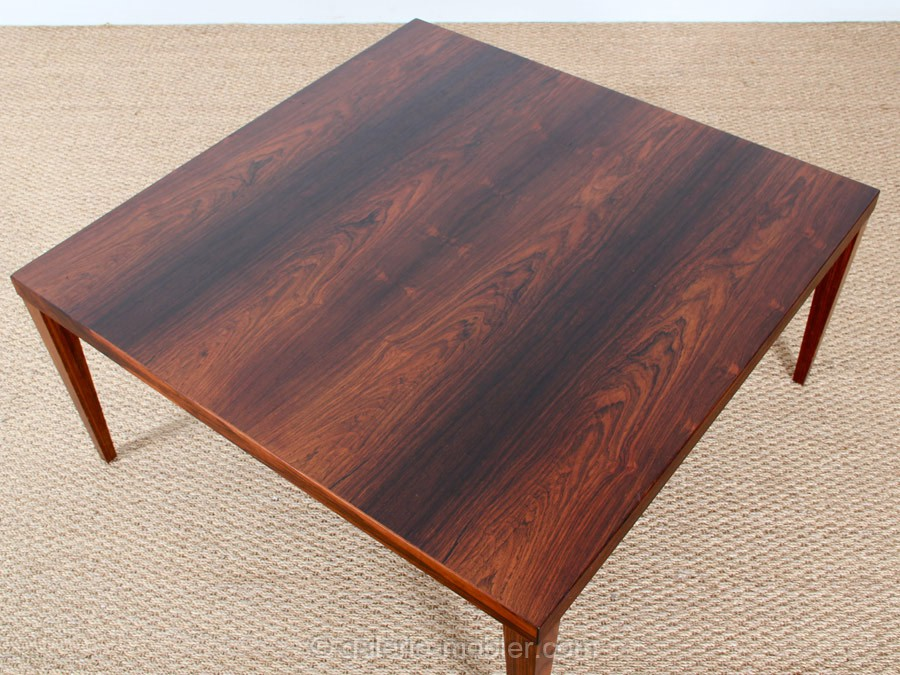 Table basse carree grande for Table basse carree industrielle