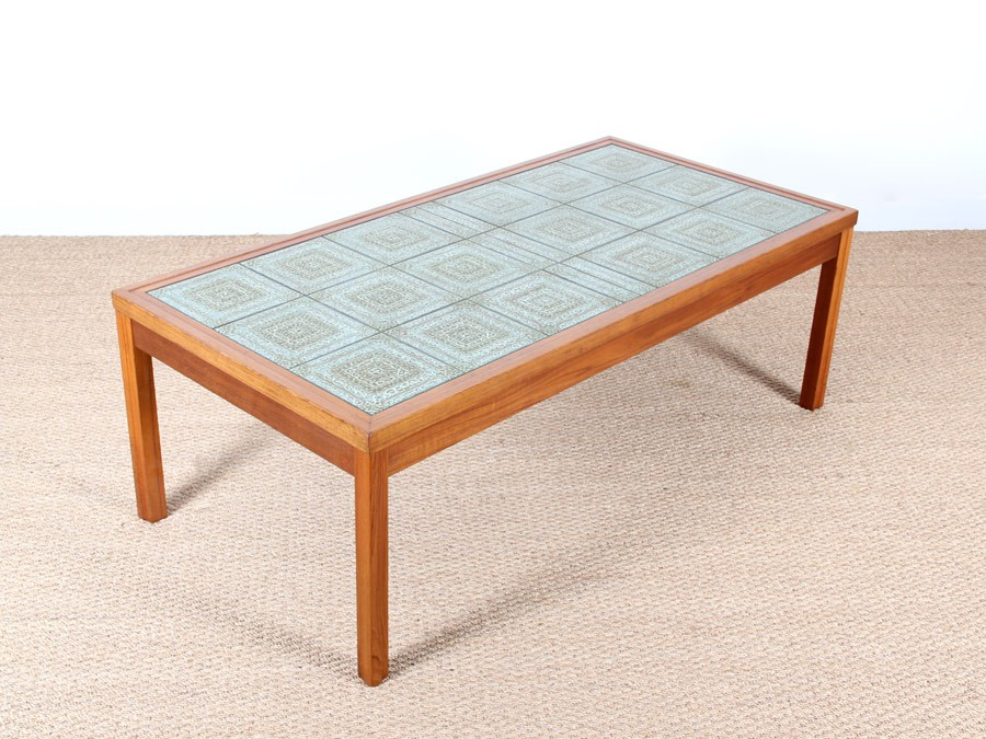 Table basse scandinave en teck et c ramique galerie m bler for Table scandinave en teck