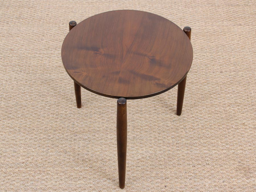 Danish Mid Century Modern Small Side Table In Mahogany
