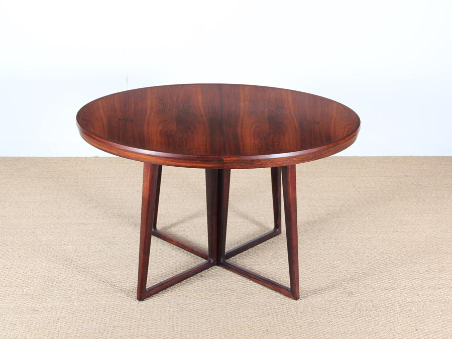 Danish Mid Century Modern Dining Table In Rio Rosewood