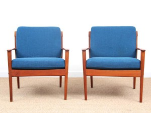 Danish modern pair of lounge chairs in teak model PJ56