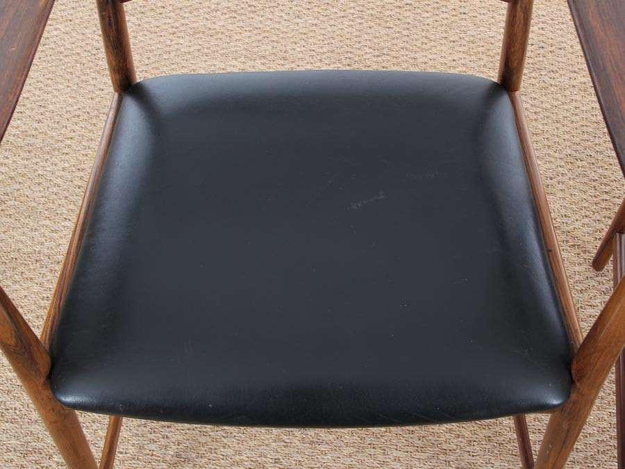 Mid century modern scandinavian pair of armchairs in rio for Mobilia furniture hire