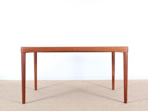 Mid-Century Modern danish extendable dining table in teak by H.W. Klein, 6/8 seats