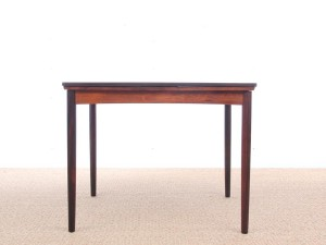Mid-Century  modern dining table in rosewood 4/6 seats by Poul Hundevad
