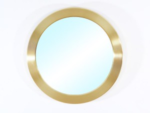 Mid modern century round miirror in brass model Nr 134 by Glasmäster