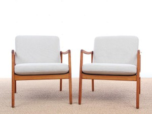 Mid-Century Modern Danish pair of  lounge chairs in teak model 110 by Ole Wanscher