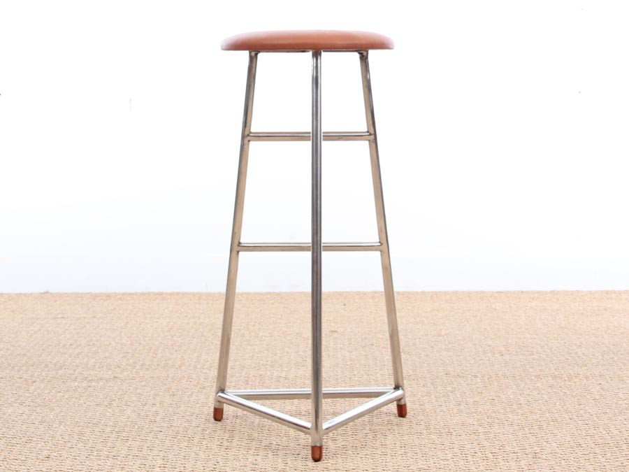Mid Century Modern Style Set Of 3 Bar Stool In Steel And Leather Galerie Møbler