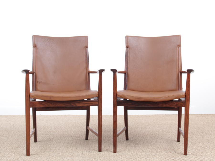 Awesome Mid Century Modern Pair Of Armchair In Rio Rosewood And Gamerscity Chair Design For Home Gamerscityorg