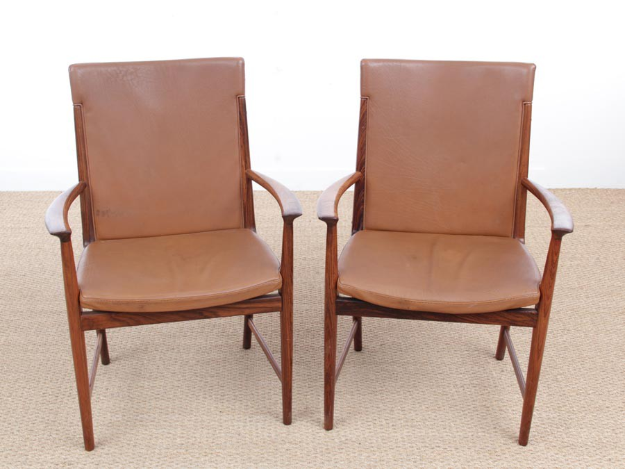 Enjoyable Mid Century Modern Pair Of Armchair In Rio Rosewood And Gamerscity Chair Design For Home Gamerscityorg